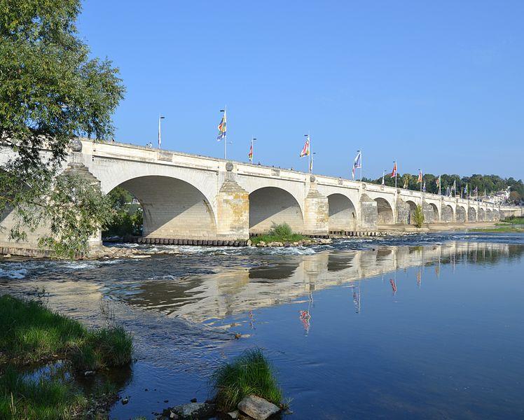 Pont_Wilson_de_jour